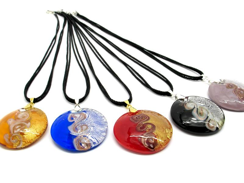 Necklaces Murano Glass, in curved round shape, 40 mm in diameter ( COLV0317 ) available in 5 colour, made entirely handmade by Murano master glass-makers with the lampwork technique, from Murano - Italy, with silver 925 and gold 24kt foil insertions and Avventurina Glass, and cotton cord double wire in black color (50 cm)