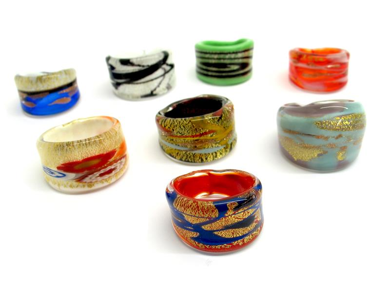 Murano Glass rings, ( AVLUM ) size available : 16 mm, 17 mm, 18 mm, 19 mm, 20 mm in diameter, in 15 assorted colours, made entirely handmade by Murano master glass-makers with the lampwork technique, with silver and gold foil insertions..